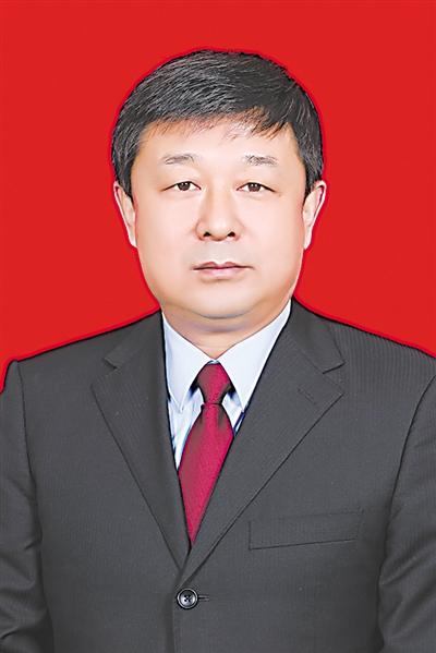 <p>    曹  斌</p>